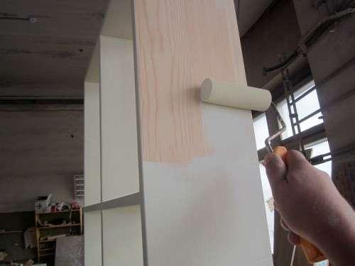 Чем покрасить шкаф из дсп своими руками
