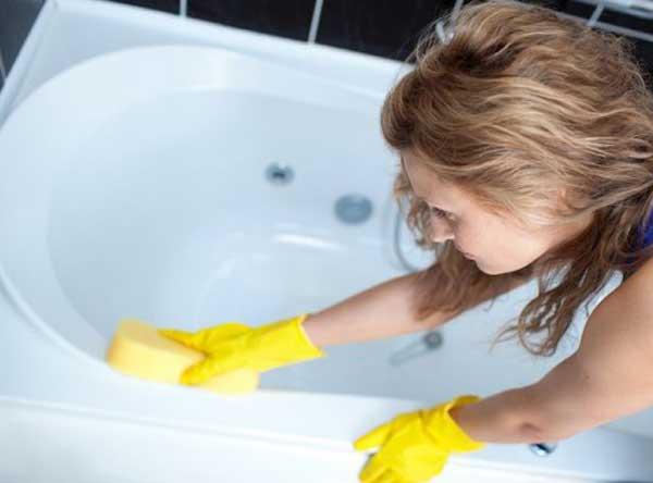 Как отбелить ванну в домашних условиях с помощью соды и уксуса