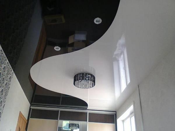 Варианты применения в интерьере натяжных потолков