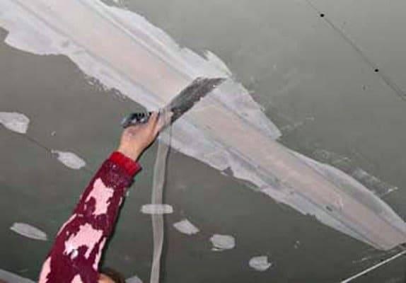 Шпаклёвка потолка под покраску своими руками 320